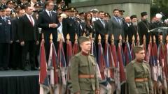 塞尔维亚总统出席青年军官军衔晋升仪式
