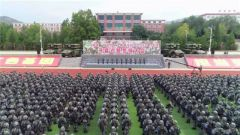 """陆军组织""""百连万人""""新条令比武考核"""