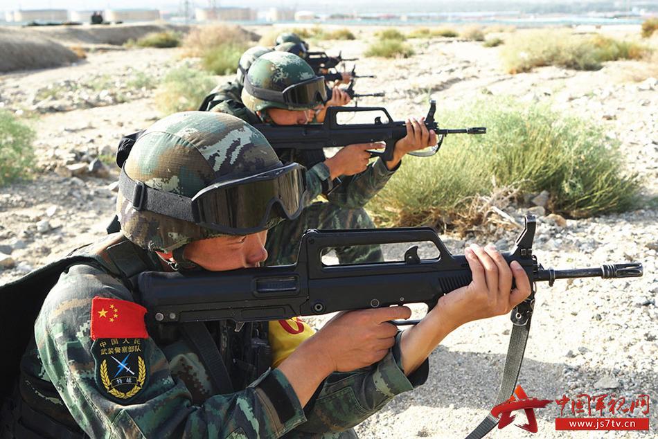 图25、射击训练。