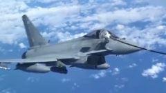 模拟空中加油是一种什么样的体验?