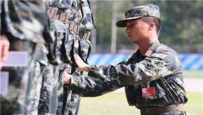 广西崇左:武警新兵开展适应性训练