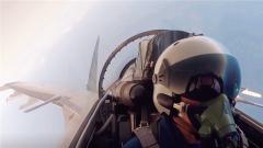 震撼!中国空军宣传片《战鹰向祖国报告》