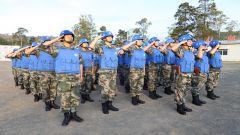 第22批赴刚果(金)维和工兵分队举行升国旗仪式