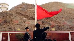 【国庆节】别迭里:天山深处的升旗仪式