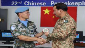 联刚团南部战区司令视察中国第22批赴刚维和部队