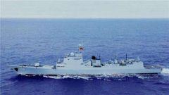 """打造""""碧波长城"""" 人民海军军舰发展速度惊人"""