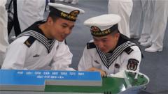 北部战区海军某部组织官兵赴青岛参观军民融合成果展