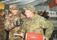 """楚戈尔训练场迎来""""中国风"""" 俄罗斯官兵称赞"""