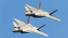 空军新型战机和现役主战装备将集中亮相航展