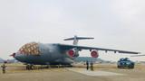 直击珠海航展:运20展开飞行训练 新型空降战车亮相
