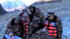 金沙江堰塞湖水位上涨  救援官兵全力巡查排险