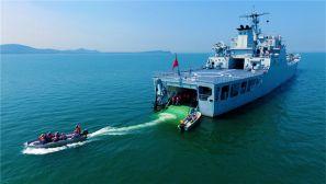 海军陆战队某旅:把青春揉进海洋迷彩里