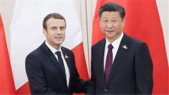 """习近平同马克龙互致贺电庆祝""""中法环境年""""启动"""