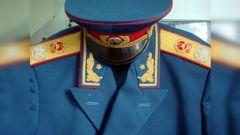 《人民军队军服》之军衔服装