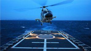 酷图来袭!近距离感受海军跨昼夜舰机协同训练