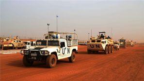 我赴马里维和部队与塞内加尔步兵营举行施工防卫演练