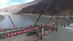 金沙江大桥西岸抢建突破60米