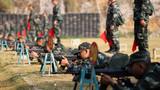 2018年11月29日,武警新兵正在進行射擊。