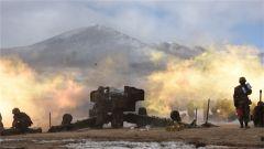 西藏军区某炮兵旅进行实弹射击考核