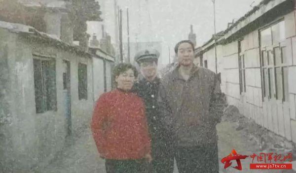 http://files.js7tv.cn/www/images/2018-12/03/1543800690884087_big.jpg