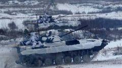 俄乌刻赤海峡摩擦 乌军方在俄乌边境举行军演