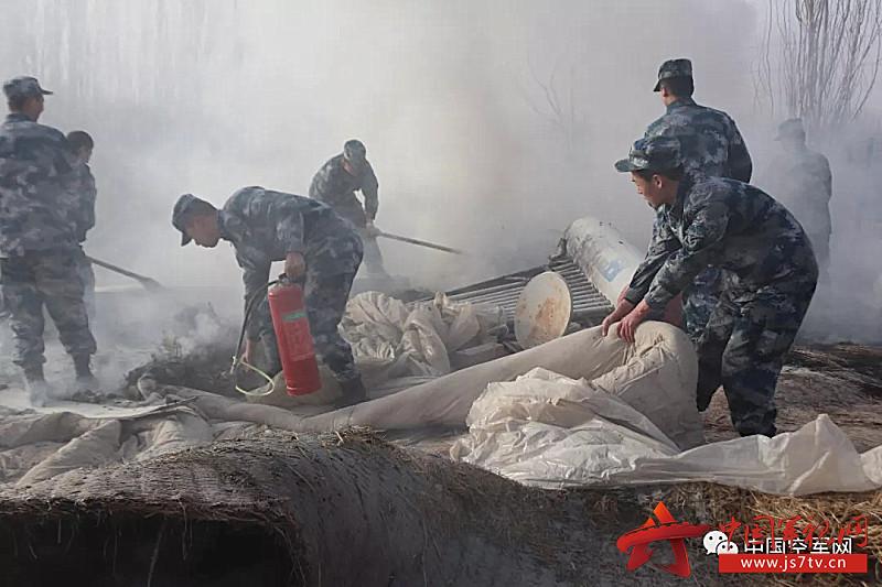雷达某旅出动人员成功处置民房失火灾情4(0)