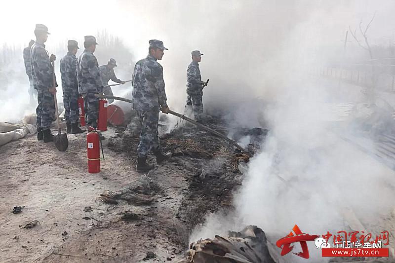 雷达某旅出动人员成功处置民房失火灾情5(0)