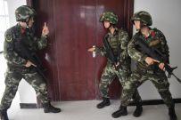 河南总队南阳支队机动二中队民族女兵战斗群体素描