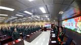 """  近日,驻守在天山脚下的新疆军区某红军团训练中心内3名退役干部肩披绶带,整齐列队,举行""""退役干部告别红军团""""仪式。"""