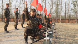 新兵射击保障训练,他们是靶场上最忙碌的人