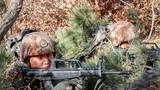 为检验该旅战备水平,该旅官兵赴某野外陌生地域,开展军事训练。
