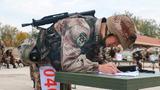 机关干部进行图上作业考核,充分检验了首长机关指挥打仗的能力。