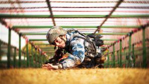 空军勤务学院军事大比武 不服来战