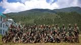 2018年8月,武警大理支队集训官兵野外训练后合影留念。