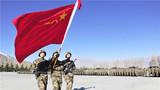 军旗招展走向新的征程。