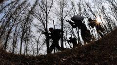 砺剑太行 武警山西省总队开展冬季实战化野营拉练