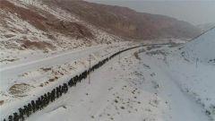武警新疆总队野营拉练磨炼过硬作风