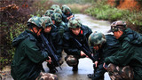 武警广西总队来宾支队在训练中根据实际情况研究、调整、部署行动计划。