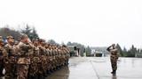 1月4日,习主席向全军发布开训动员令。桂林联勤保障中心某仓库全体官兵闻令而动,按照新年度军事训练计划,立即展开切合战场背景的多课目训练。