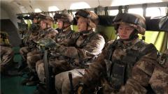 步兵插上钢铁的翅膀 走近飞起来的中国步兵