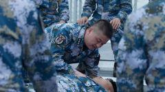 军医的甲板小课堂 培训舰员战场救护技能