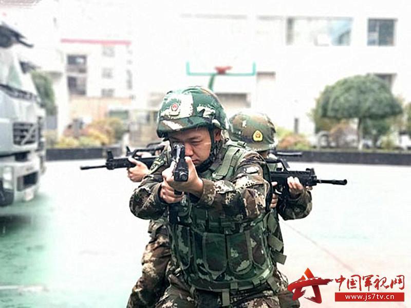 武警青海总队西宁支队的绝密押运(0)