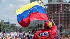 多重因素搅动委内瑞拉局势