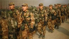 北部戰區協調沈陽鐵路部門優化軍人候車區環境