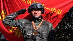 """特战队员周加云:""""老黑""""的黑是兵的颜色"""