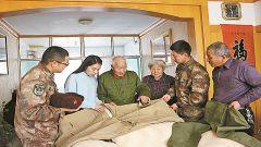 82岁高龄老兵谈剿匪往事 忘不了激情燃烧的岁月