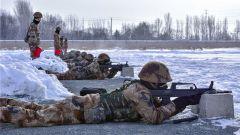 冰与火之歌 看炮兵团极寒天气下实弹射击