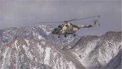 【精武先锋】新疆军区某陆航旅一营:穿越生命禁区 锻造强军铁翼