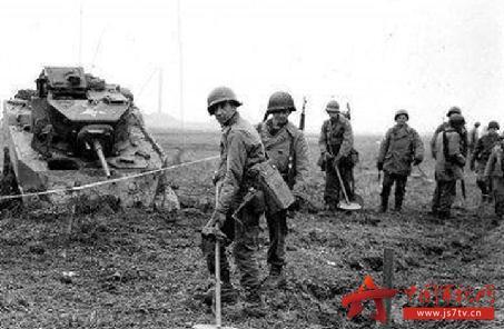 春在严打吗_1942年春,陈宝凤在魏家堡附近布下地雷,炸死修建炮楼的敌人4名,迫使