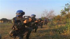 和平被打破 中国维和营进入一级战备